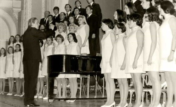 Любов до хору довжиною в життя